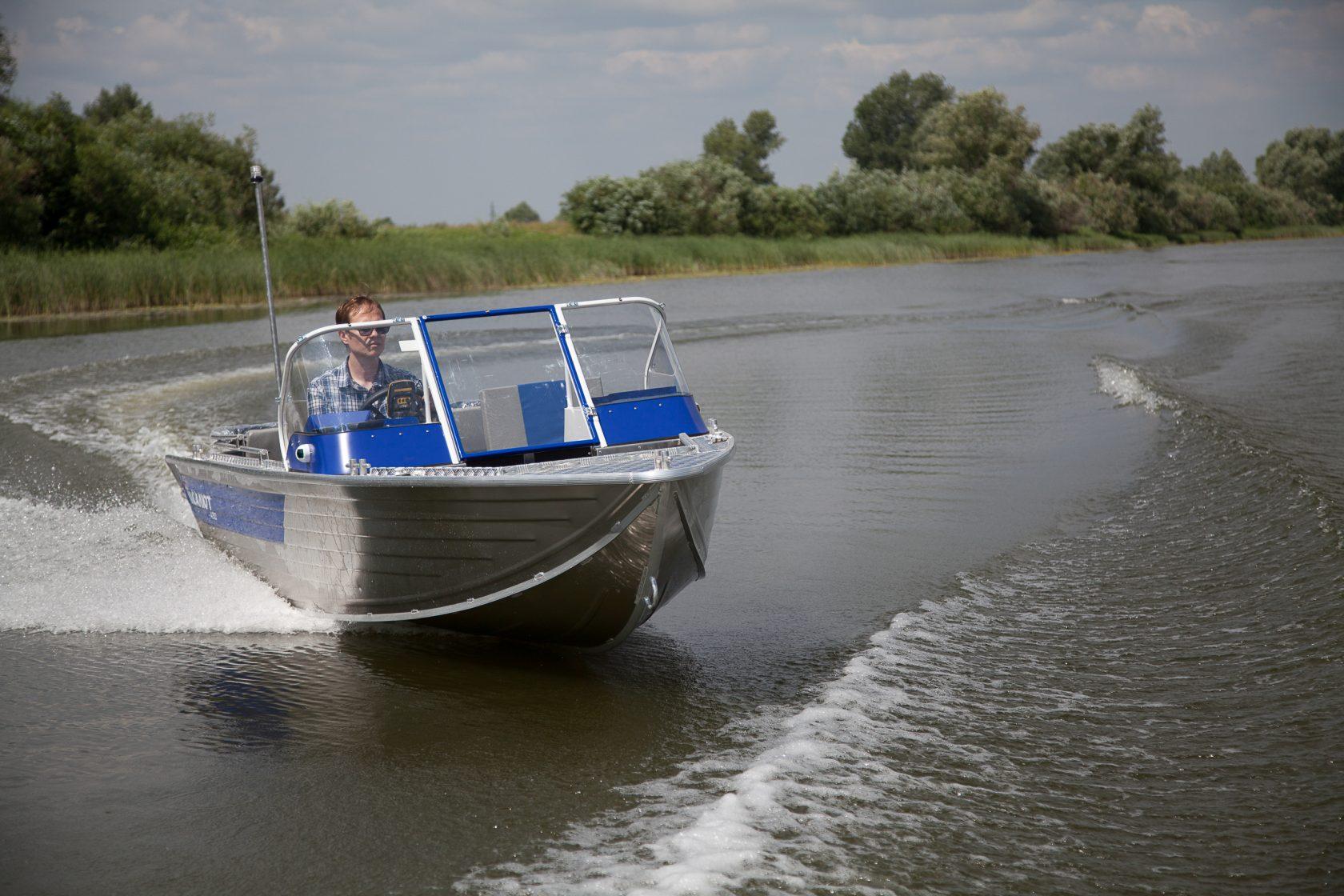 Лодка салют 430 обзор